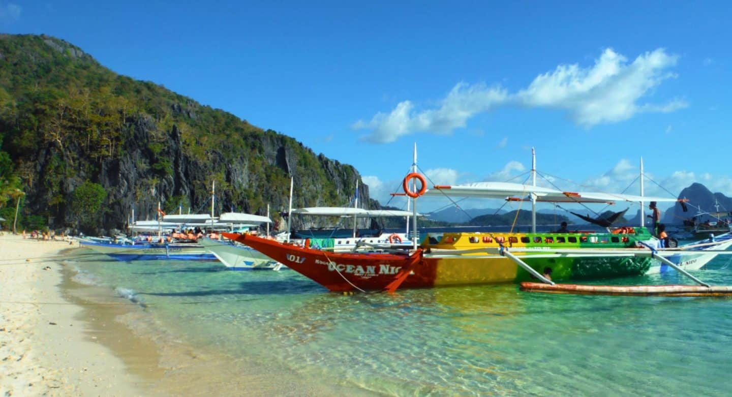 The Beauty of El Nido and the Tour A boat trip.