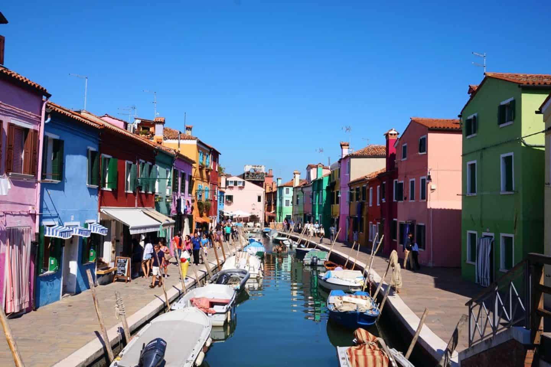 guide to colourful Burano venice Italy
