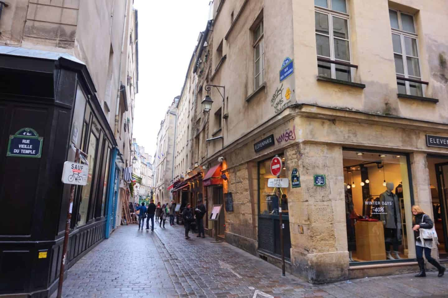 Paris walking guide la marais