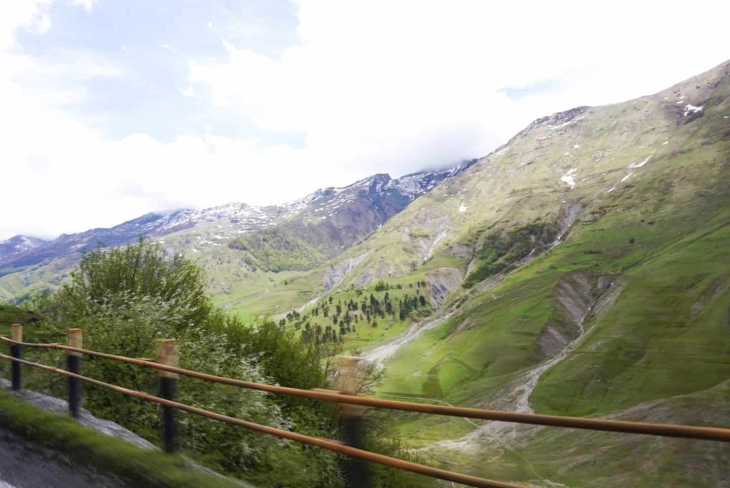 tbilisi to kazbegi mountains