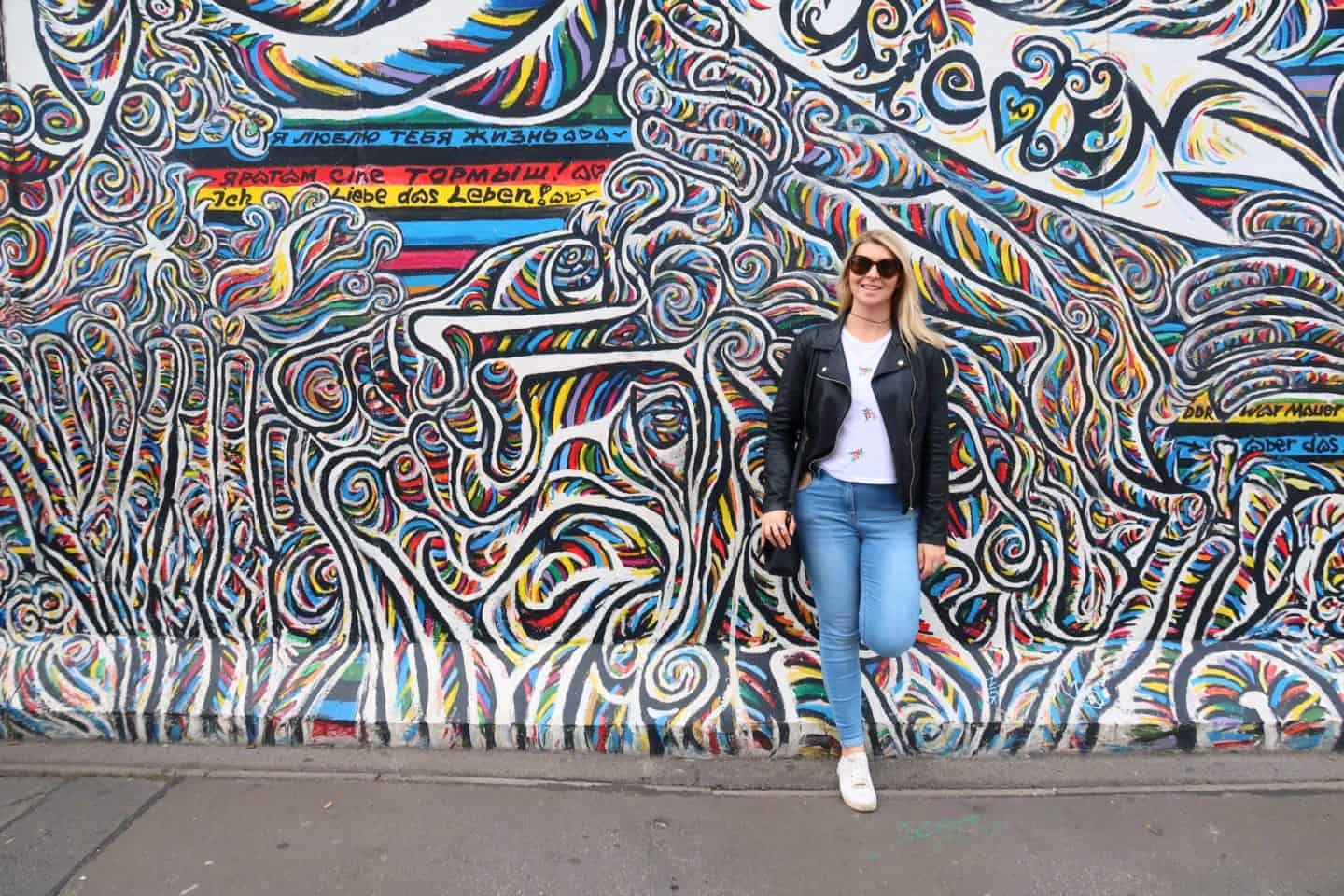 berlin guide east side gallery girl