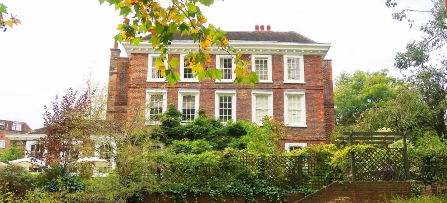 A Walking Guide around Beautiful Hampstead, London.