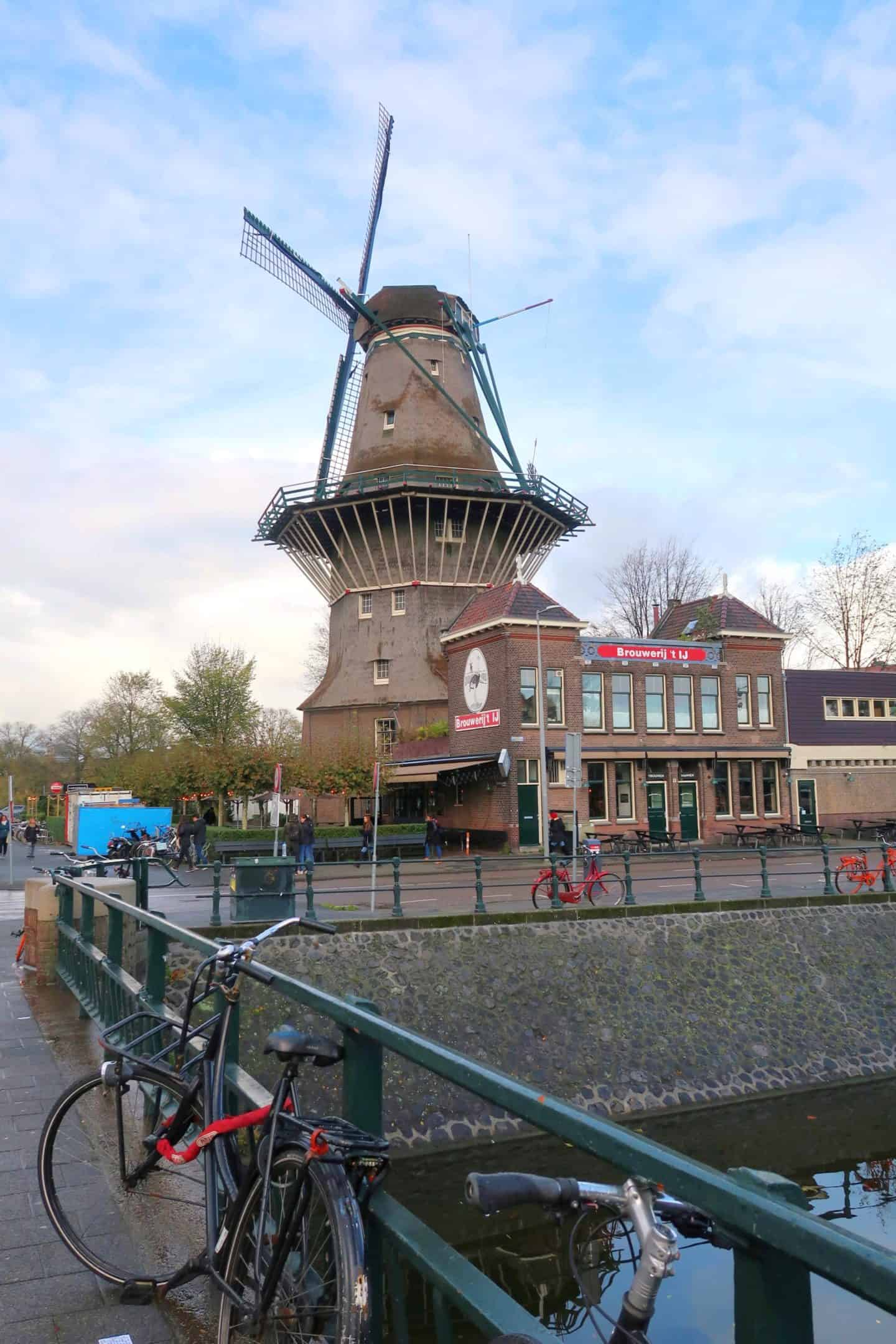 zeeburg de gooyer windmill