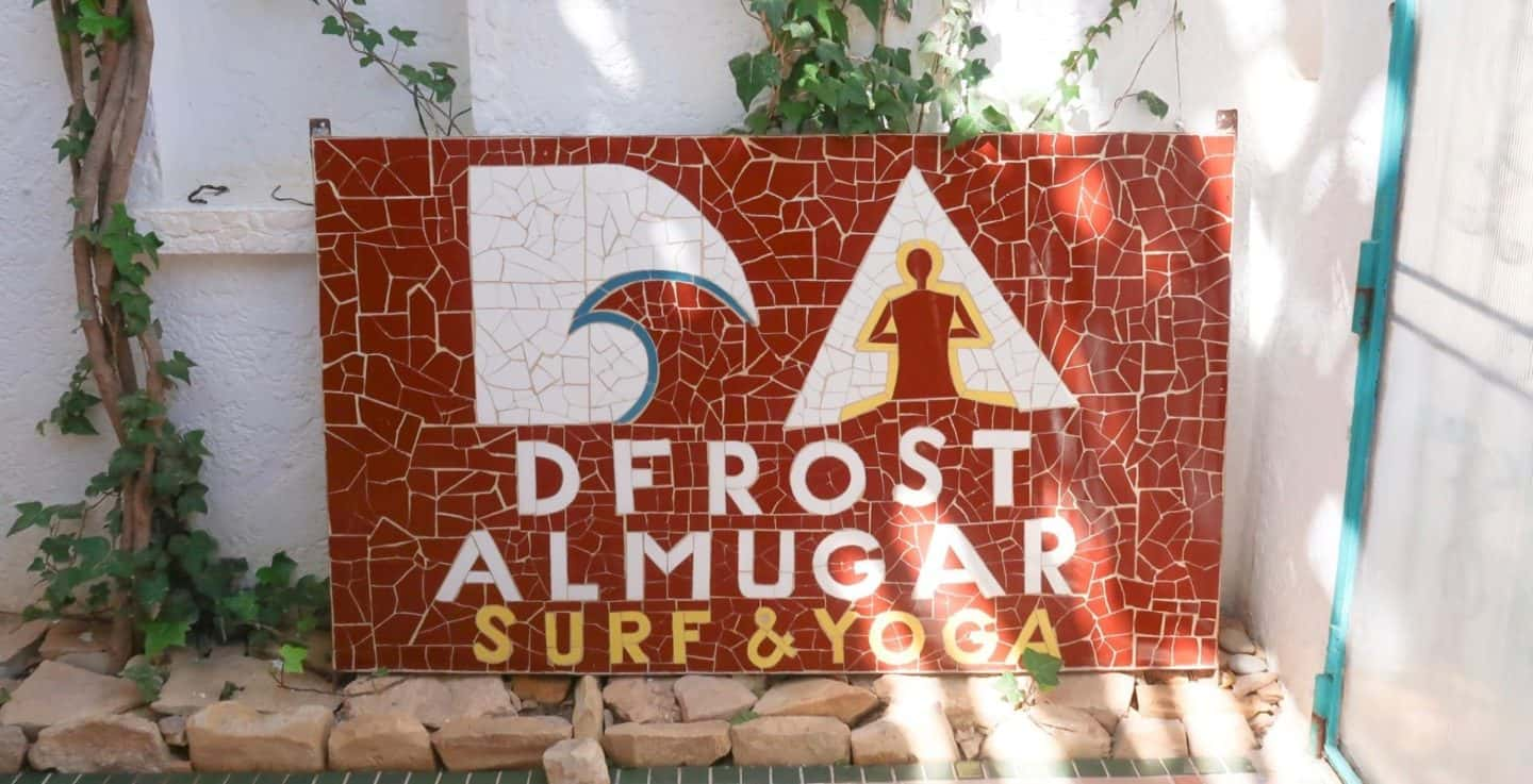 Staying at Dfrost Almugar Surf & Yoga House in Taghazout Morocco!