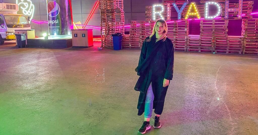 Riyadh female in by Call for